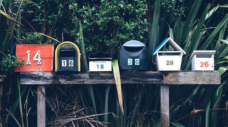 ¿Por qué me llegan mensajes basura con mi correo como remitente?